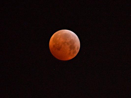 Mondfinsternis vom 21.01.2019 um 6 Uhr 20.